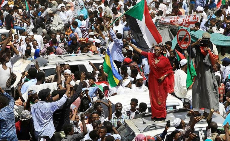 نتيجة بحث الصور عن الحراك الشعبي في السودان